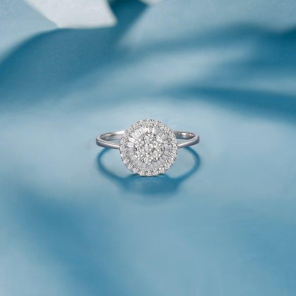 René Diamond Ring 9K White Gold