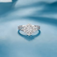 Cotnie Diamond Ring 18K White Gold
