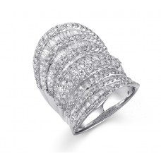 Symmetrical Diamond Ring 18K White Gold