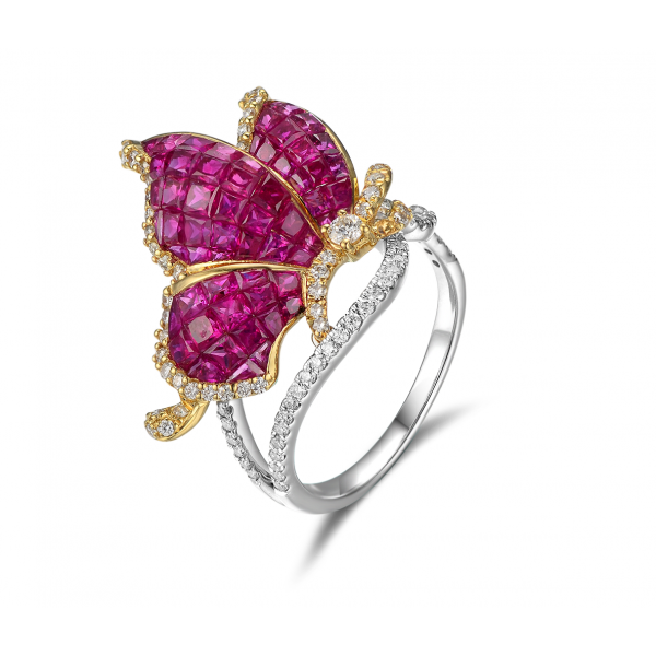 Paccia Ruby Diamond Ring 18K White Gold