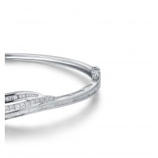 Curvy Diamond Bangle 18K White Gold