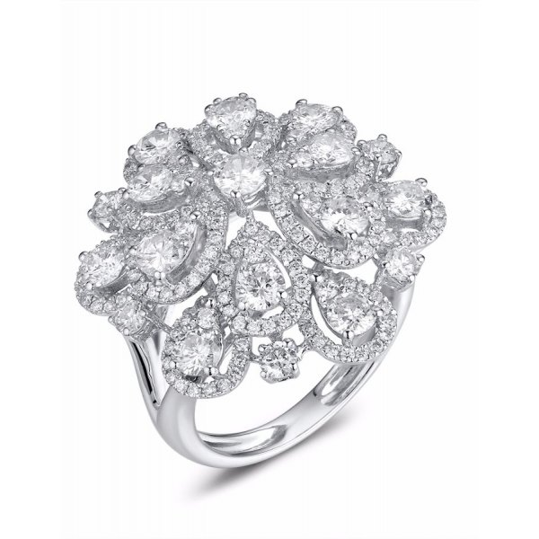 Flora Cluster Diamond Ring