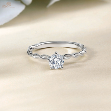 Nora Solitaire Engagement Ring Casing 18K White Gold / Platinum