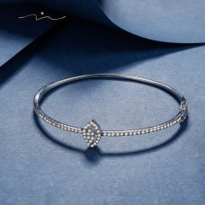 Unni Diamond Bangle 18K White Gold