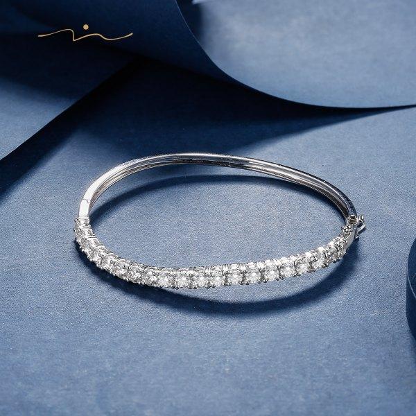 Bebiem Diamond Bangle 18K White Gold