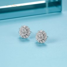 Sprin Diamond Earring 18K White Gold