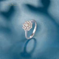 Nina Diamond Ring 18K White Gold
