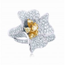 Montu Pave Round Diamond Ring