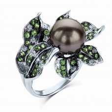 Heka Pearl Green Garnet Diamond Ring