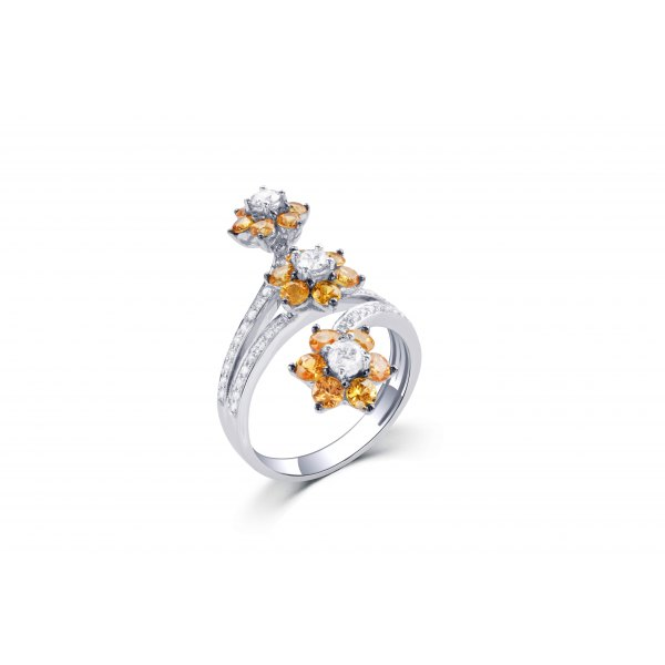 Blindweed Prong Diamond Ring